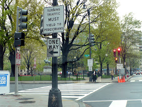 Photo: Making a left turn from 15th to I Street NW in front of McPherson Square.