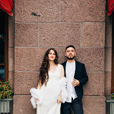 Wedding photographer Ekaterina Alyukova (EkaterinAlyukova). Photo of 11.07.2018