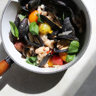 Mussels with Tomatoes and White Beans.