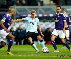 'Anderlecht probeert Club Brugge af te troeven in strijd om ex-speler blauw-zwart'