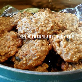 APPLE BUTTER OATMEAL RAISIN COOKIES