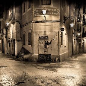 Barcelona. by Darijan Mihajlovic - City,  Street & Park  Night (  )