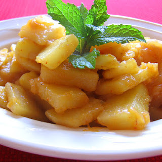 Spicy Potato Sauteed With Onions and Tomato Paste | Batata Mle'aayeh