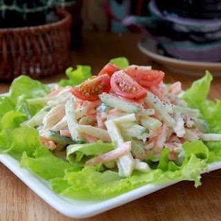 Diet Vegetable Salad With Apples