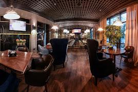 Ресторан Le caviste