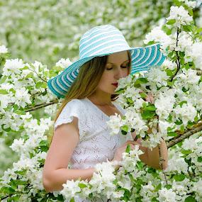 Garden 1 by Jay Reich - People Portraits of Women ( color, woman, white, jayricart, flowers, hat,  )