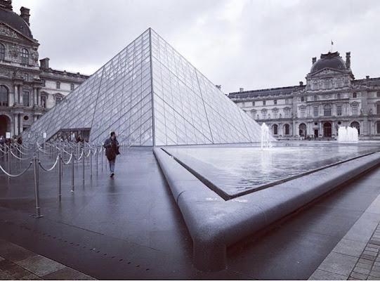 Pyramide sous la pluie  di Je78