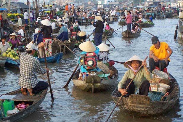 Le marché flottant de Long Xuyen