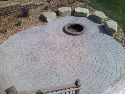 Circle Patio With Firepit