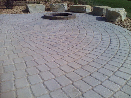 Merveilleux Circle Patio With Firepit