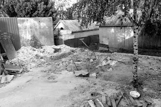 Photo: 1990 Sopukatu 17, piharakennuksen purku
