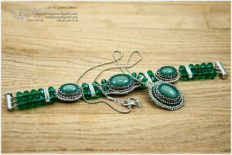 Photo: Set in Green Colour - Гарнітур в зелених тонах