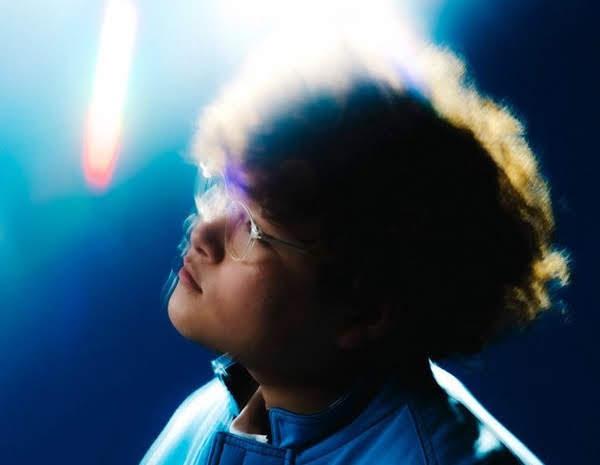 2020值得注目超新星 詞曲全包19歲創作歌手 Vaundy 介紹