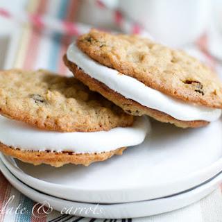 Whole Wheat Oatmeal Raisin Cream Pies