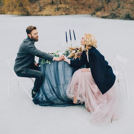 Fotógrafo de bodas Olga Guseva (Lyale4ka). Foto del 11.03.2017