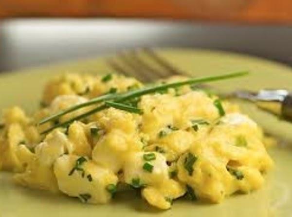 Double-boiler Scrambled Eggs Recipe