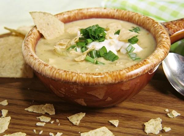 Creamy Chicken Lime And White Bean Chili Recipe