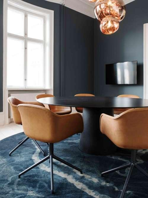 Mobilier pour salle de réunion avec table de réunion design