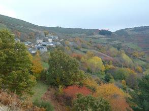 Photo: cerca San Martin, por allí pasaremos a otro valle