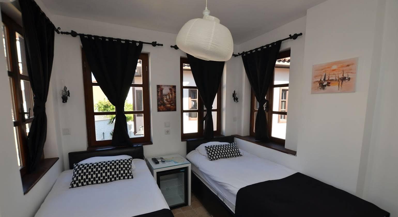 The Suite Apart Hotel
