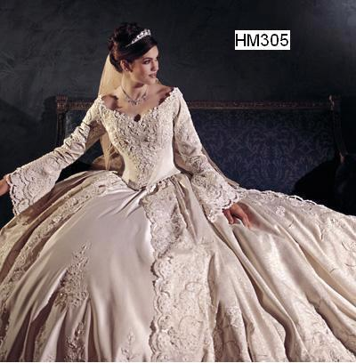 HM305 ; Medieval Bridal Gown / Wedding Dresses