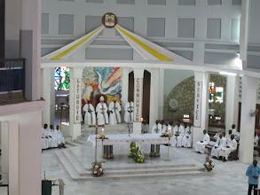 Photo: Sn2C0709-160207Dakar, cath. messe, chœur, célébrants et concélébrants IMG_0884