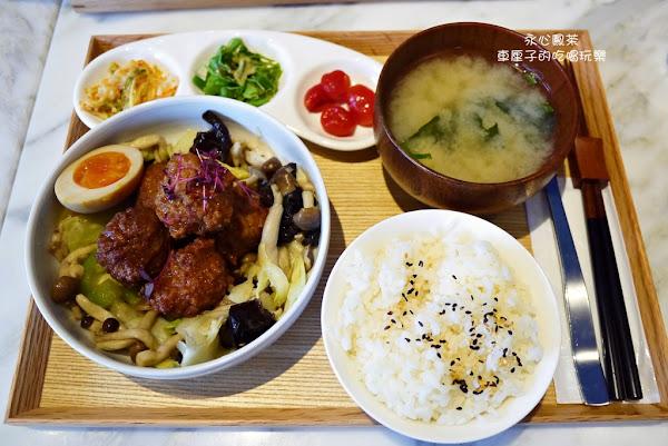 永心鳳茶(同盟店)-復古時尚兼具的中式餐廳