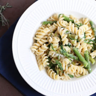 Fusilli with Asparagus, Peas and Arugula