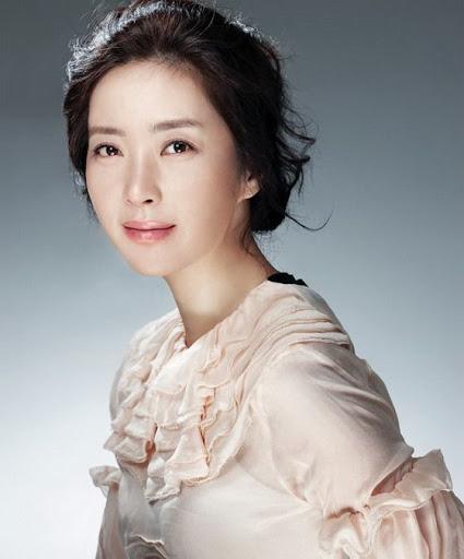 BNTNews- [bnt interview] Song Yun Ah Restarts Her Career