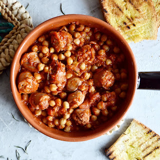 Spicy Chickpeas And Herby Sausages