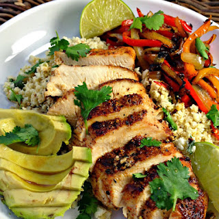 Healthy Blackened Chicken Fajitas With Cilantro Lime Cauliflower Rice