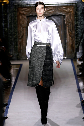 yves_saint_laurent___pasarela_178277570_