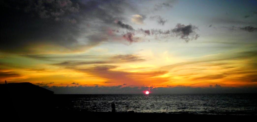 Indahnya Sunset dan Kelezatan Mie Leupung