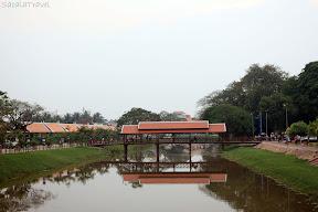 the mirrorred bridge