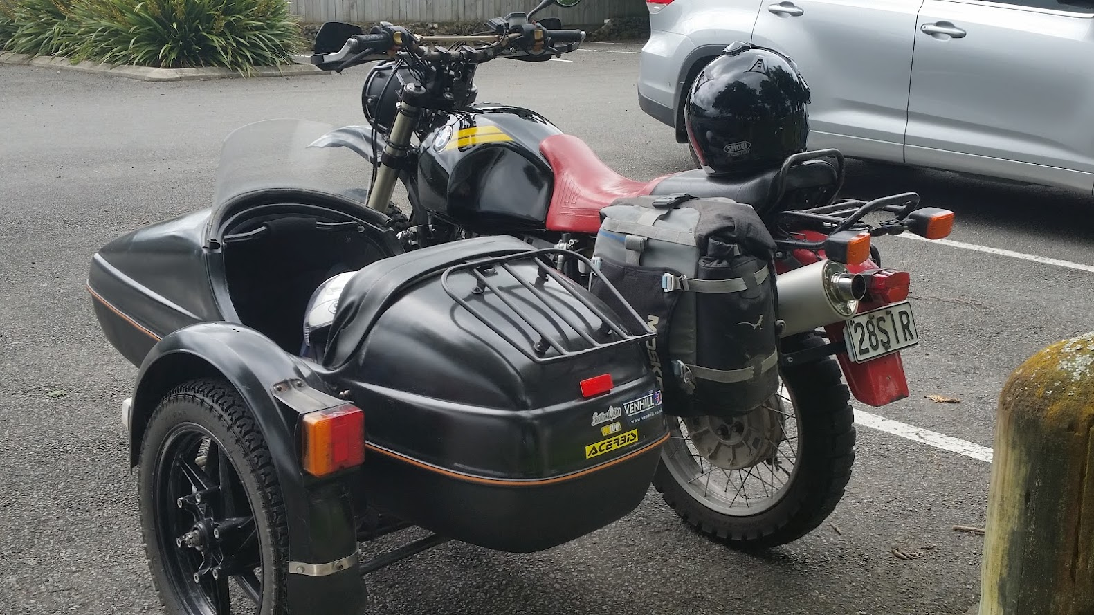 Back view R100GS with Velorex 562 sidecar