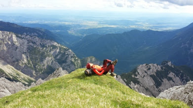 Photo: Če je potrebno se pa malo tudi zaspi na vrhu, ane.