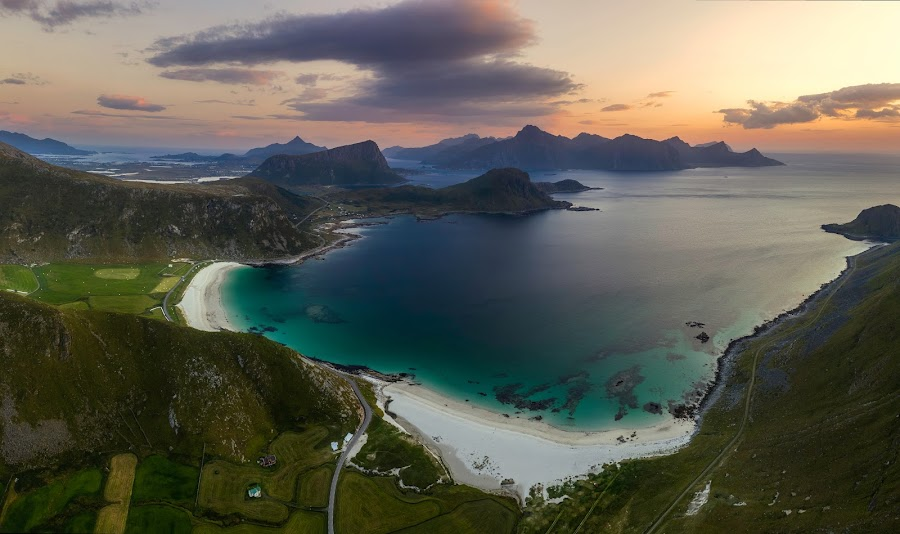 by Richard  Harris - Landscapes Travel