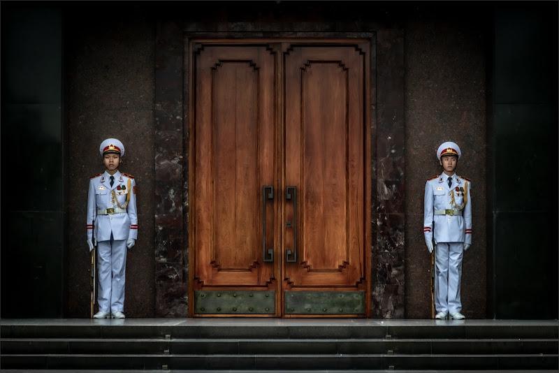 Mausoleo Ho Chi Minh (Hanoi) di alberto raffaeli