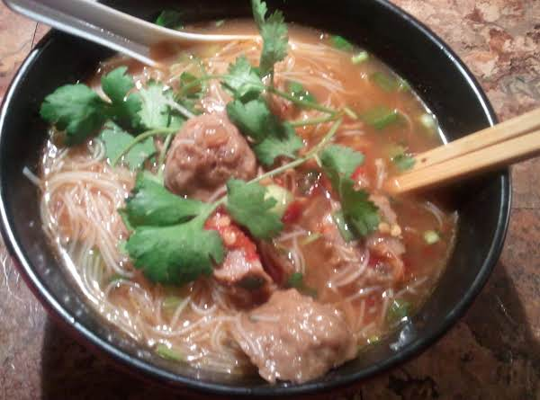 Thai Rice Noodle Soup With Beef Meatballs