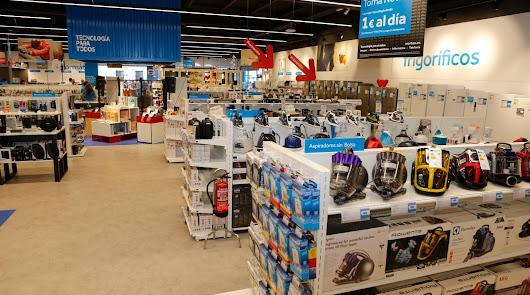 La tienda Worten en El Ejido echa el cierre y liquida existencias