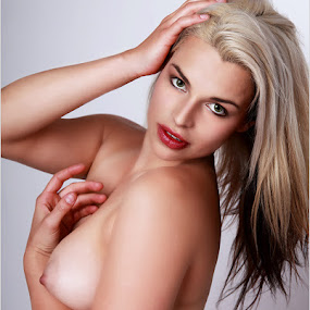 Long blonde by Clifford Els - Nudes & Boudoir Artistic Nude