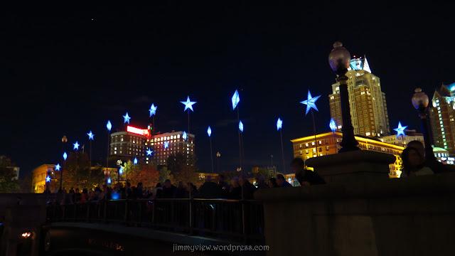 Stars line Waterplace bridge.