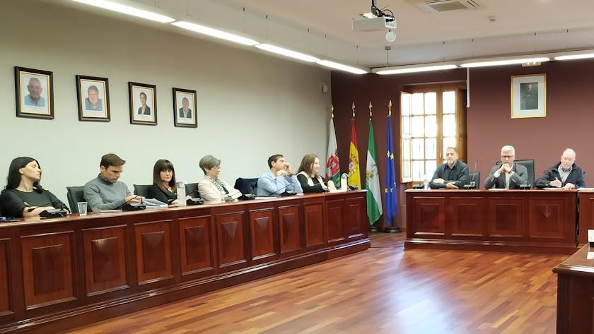 Parte del equipo de Gobierno en uno de los últimos Plenos celebrados.