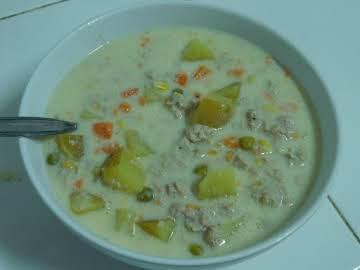 Creamy Hamburger Vegetable Soup (Slow Cooker)