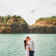 Wedding photographer Arina Batrakova (ArinaBat). Photo of 16.06.2017
