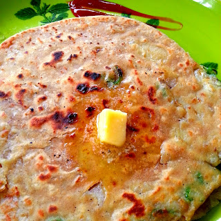How to Make Aloo Paratha - With Step by Step Pictures.
