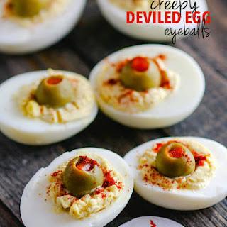 Deviled Egg Halloween Eyeballs {Paleo}