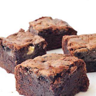 Cookies and Cream Cheesecake Brownies