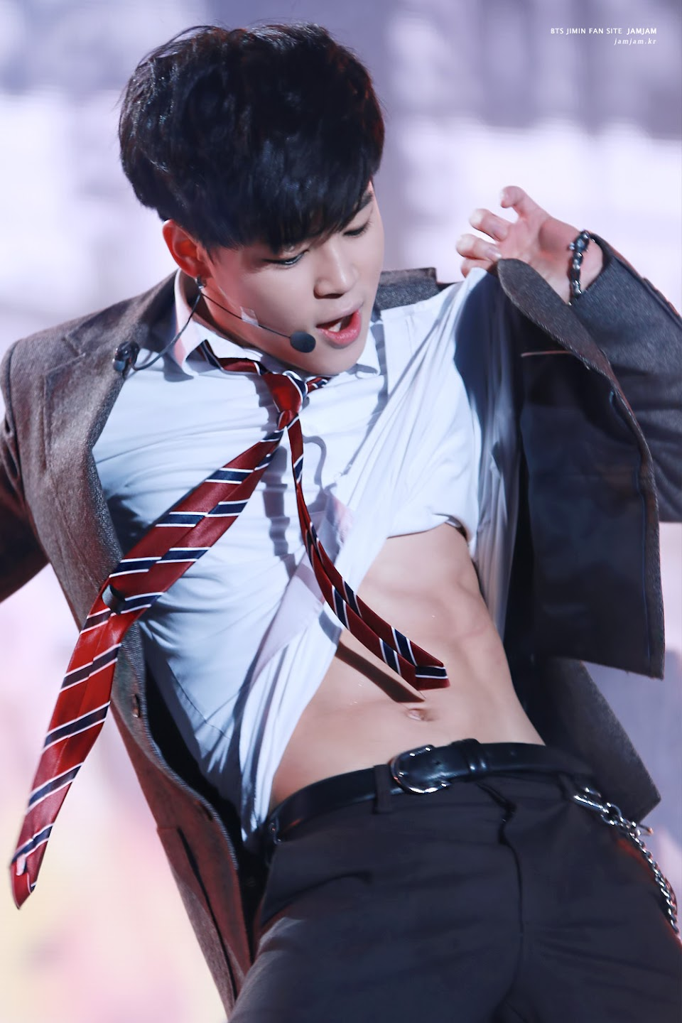If You Can Make It Through These 30 Photos Of Jimin You Ll Be Madly In Love