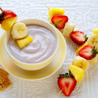 Grape-Vanilla Dip with Fruit Skewers.